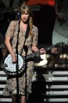 Celebrities Wonder 13467407_grammy awards 2012_8.jpg