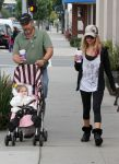 23233032 ashley tisdale at coffee bean small 3 Ashley Tisdale at Coffee Bean With Her Father