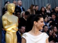 Celebrities Wonder 39929199_sandra-bullock-oscar-2012_2.5.jpg