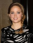 Celebrities Wonder 74417114_ace awards_Erika Christensen 3.jpg