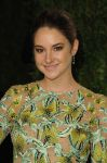 Celebrities Wonder 87750244_shailene-woodley-vanity-fair-oscar-party_4.jpg