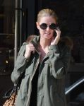 Celebrities Wonder 16434793_nicky-hilton-barneys_8.jpg