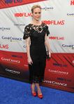 Celebrities Wonder 17245890_game-change-premiere_Sarah Paulson 1.jpg