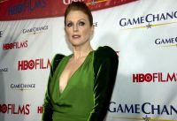 Celebrities Wonder 19767334_julianne-moore-game-change_4.jpg