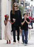 Celebrities Wonder 22344174_angelina-jolie-children_1.jpg