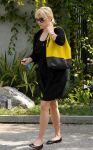 Celebrities Wonder 23795455_reese-witherspoon-brentwood_4.jpg