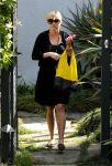 Celebrities Wonder 23872088_reese-witherspoon-brentwood_2.jpg
