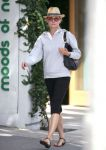 Celebrities Wonder 26656039_diane-kruger-shopping_1.jpg