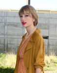 Celebrities Wonder 51239412_taylor-swift-lax_7.jpg