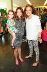 Celebrities Wonder 52173354_dvf-gapkids_3.jpg