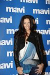 Celebrities Wonder 61177906_adriana-lima-mavi-jeans_2.jpg