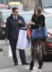 Celebrities Wonder 68535029_olivia-palermo-shopping_7.jpg