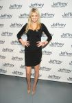 Celebrities Wonder 69967927_jeff-who-lives-at-home-premiere_Kate Upton 2.jpg