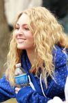 Celebrities Wonder 751457_AnnaSophia-Robb-set-Carrie-Diaries_8.jpg