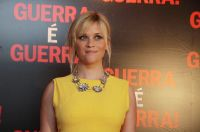 Celebrities Wonder 77688046_reese-witherspoon-this-means-war_4.jpg