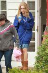 Celebrities Wonder 89198508_AnnaSophia-Robb-set-Carrie-Diaries_3.jpg