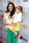 Celebrities Wonder 90441008_mirror-mirror-premiere_Ali Landry 3.jpg