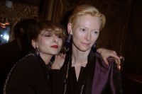 Celebrities Wonder 96802996_tilda-swinton-paris_4.jpg