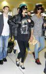 Celebrities Wonder 12856686_rihanna-airport-sydney_3.jpg
