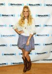 Celebrities Wonder 13959422_carrie-undewrwood-SiriusXM_2.jpg