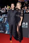 Celebrities Wonder 16468926_battleship-seoul-premiere_5.jpg