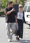 Celebrities Wonder 21673525_ashlee-simpson-la_4.jpg