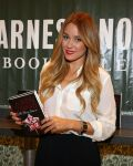 Celebrities Wonder 2190060_lauren-conrad-book-signing_2.jpg