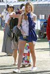 Celebrities Wonder 22648264_mischa-barton-coachella_1.jpg