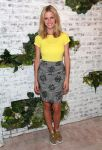Celebrities Wonder 26894304_splendid-store-opening_1 - Splendid tee, Opening Ceremony skirt, and Miu Miu sneakers.jpg