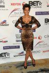 Celebrities Wonder 27468532_halle-berry-Jenesse-Silver-Rose-Awards-Gala_2.jpg