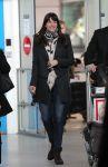 Celebrities Wonder 27957209_liv-tyler-airport-paris_1.jpg