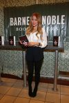 Celebrities Wonder 34996246_lauren-conrad-book-signing_1.jpg