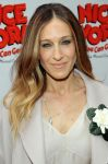 Celebrities Wonder 37697979_sarah-jessica-parker-broadway_5.jpg