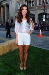 Celebrities Wonder 43018183_the-lucky-one-premiere_5.jpg