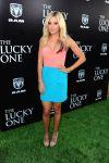 Celebrities Wonder 45931467_the-lucky-one-premiere_1.jpg