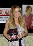 Celebrities Wonder 47236685_lauren-conrad-book-fame-game_5.jpg