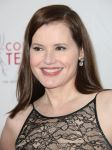 Celebrities Wonder 57172086_College-Television-Awards_Geena Davis 4.jpg