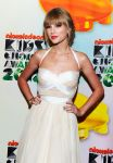 Celebrities Wonder 64192863_taylor-swift-kids-choice_1.2.jpg