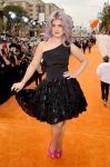 Celebrities Wonder 67631053_kelly-osbourne-kids-choice_2.jpg
