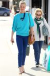 Celebrities Wonder 75915300_katherine-heigl-shopping_5.jpg
