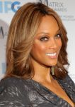 Celebrities Wonder 8239574_tyra-banks-matrix-awards_8.jpg
