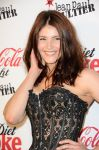 Celebrities Wonder 82774685_gemma-arterton-coca-cola-bottle_7.jpg