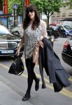 Celebrities Wonder 84490250_liv-tyler-hotel-paris_3.jpg