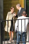 Celebrities Wonder 86068336_natalie-portman-hotel-plaza_7.jpg