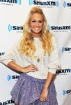 Celebrities Wonder 96290029_carrie-undewrwood-SiriusXM_4.jpg