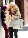 Celebrities Wonder 10852451_dakota-fanning-soho_7.jpg