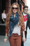 Celebrities Wonder 12798510_lindsay-lohan-shopping_8.jpg