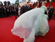 Celebrities Wonder 13973689_diane-kruger-cannes-jury_5.JPG