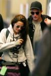 Celebrities Wonder 2744029_kristen-stewart-airport_2.jpg