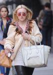Celebrities Wonder 28016530_dakota-fanning-soho_8.jpg